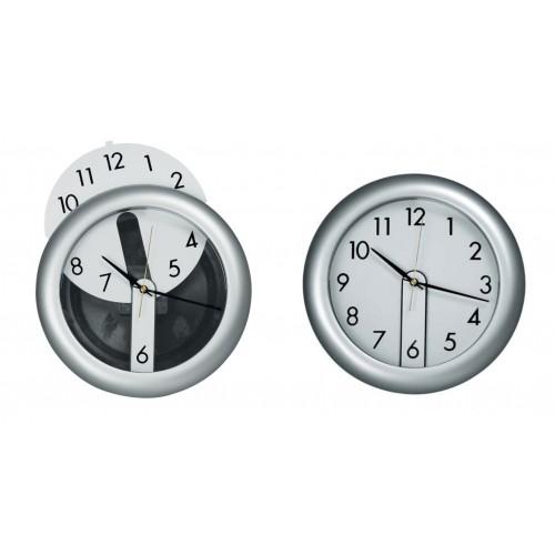 Часы настенные с вынимающимся циферблатом
